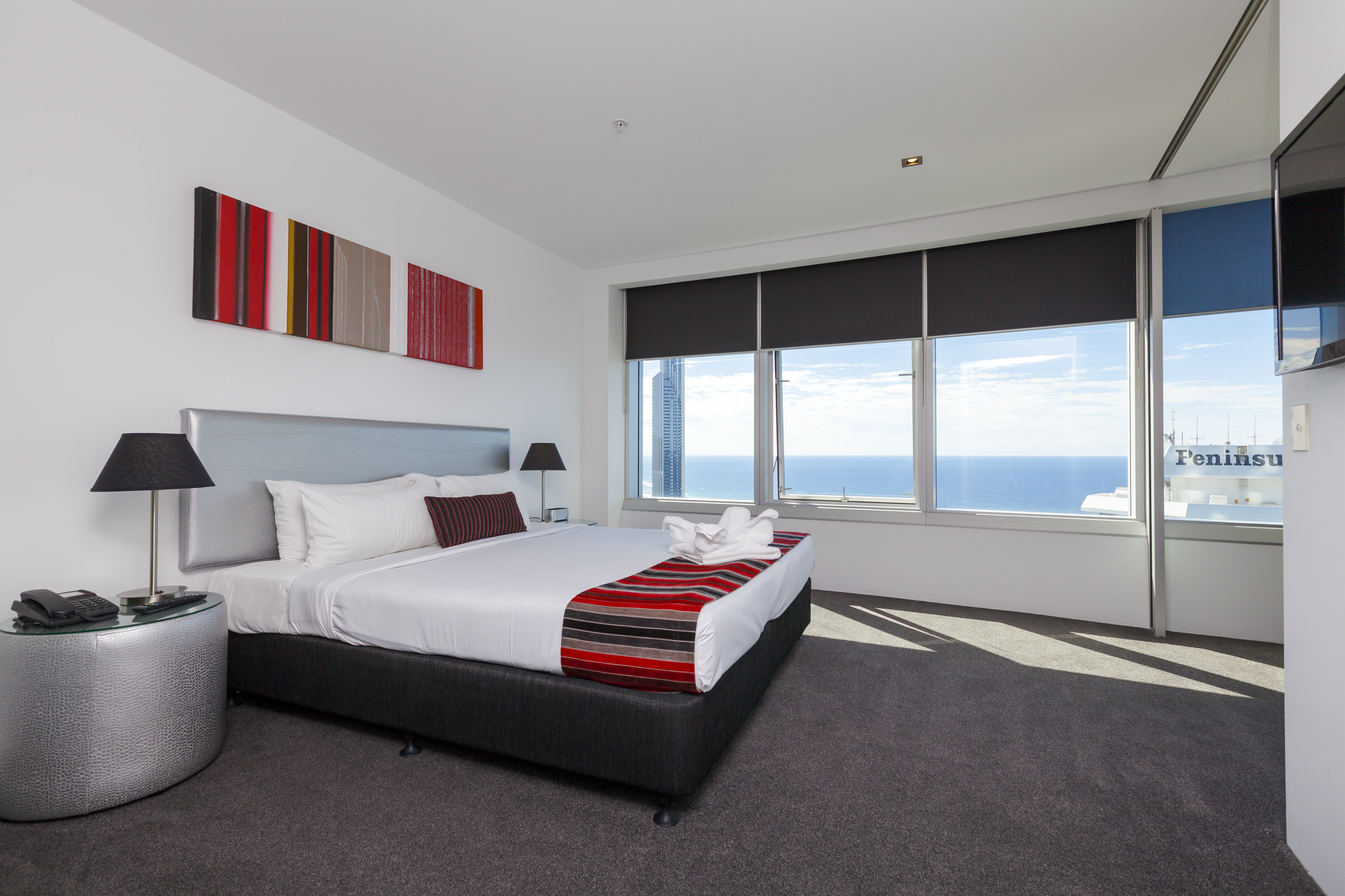 Q1 Resort & Spa Three Bedroom Ocean Spa Apartment   Master Bedroom