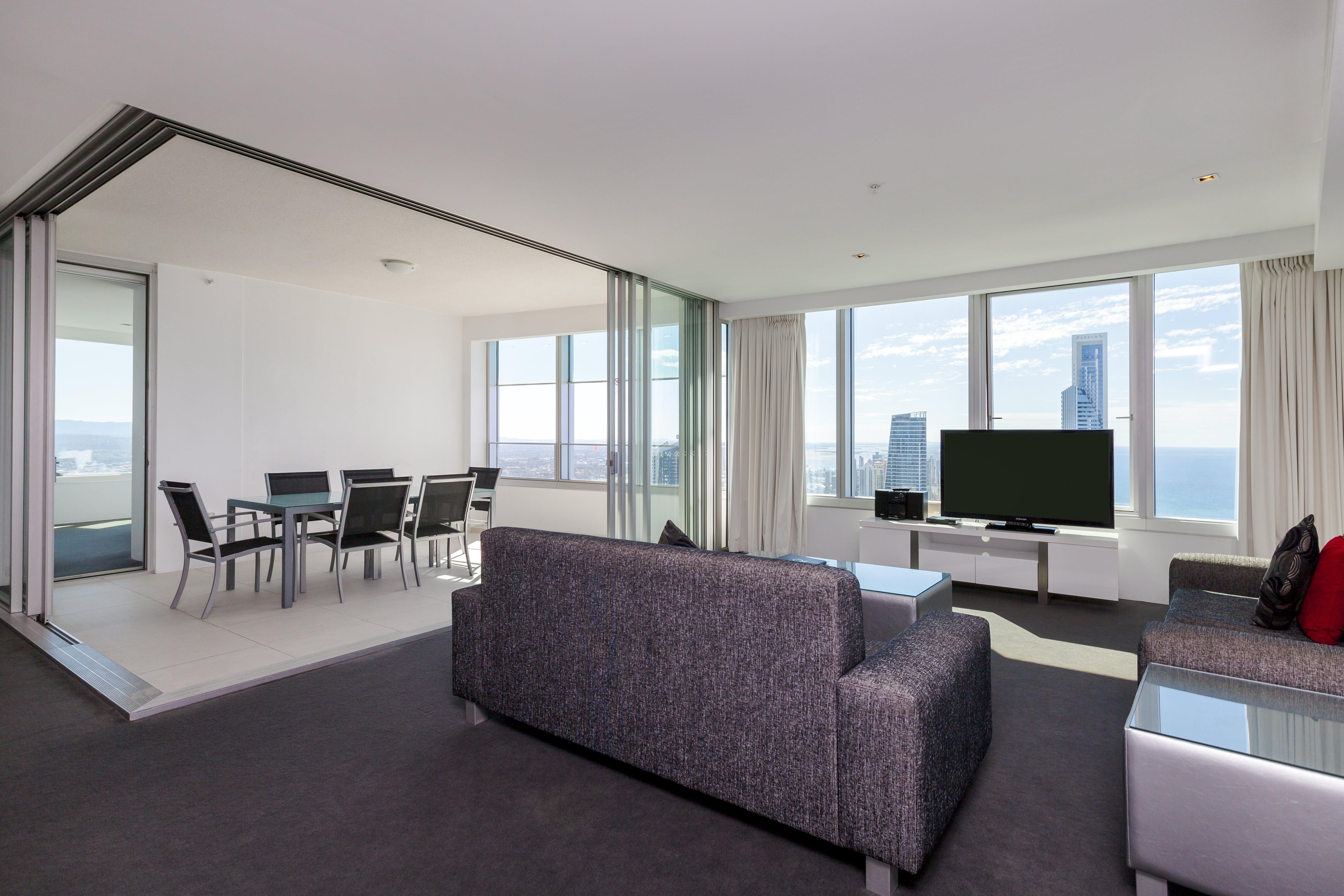 Q1 Resort & Spa Three Bedroom Ocean Spa Apartment | Living area