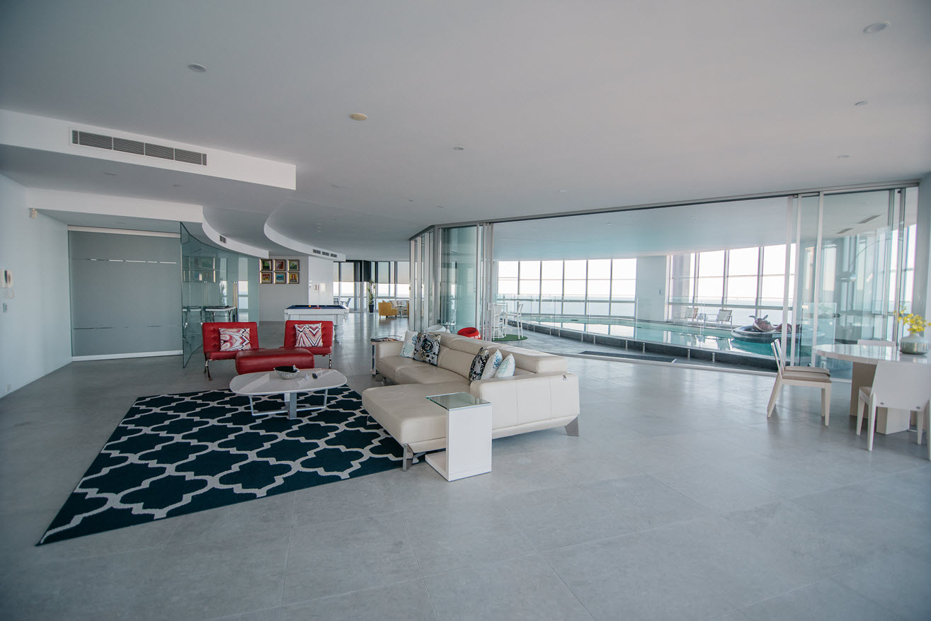 Q1 Resort & Spa Presidential Penthouse | Living Area and Private Pool