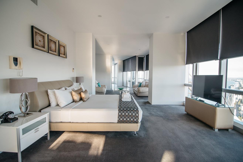 Q1 Resort & Spa Presidential Penthouse | Master Bedroom