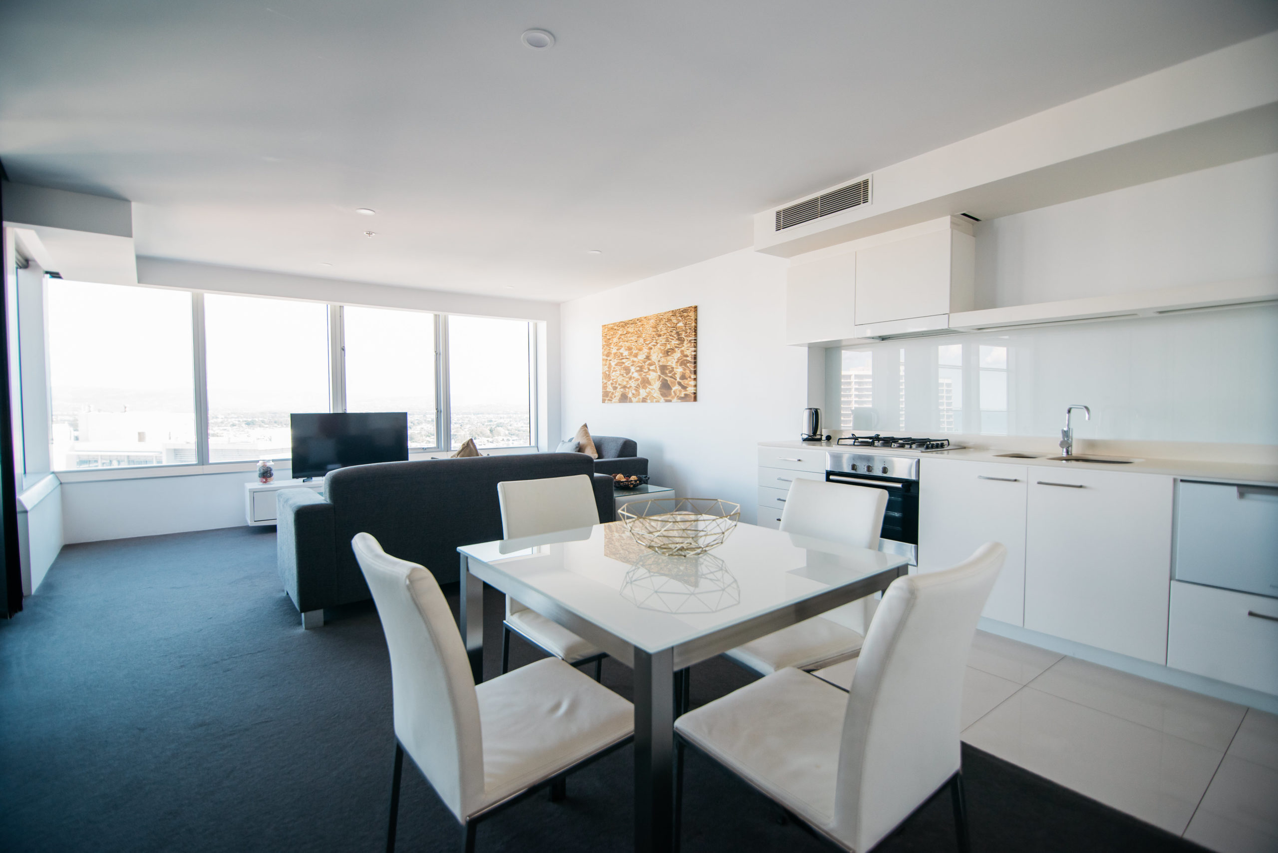 Q1 Resort & Spa One Bedroom Family Spa Apartment | Kitchen
